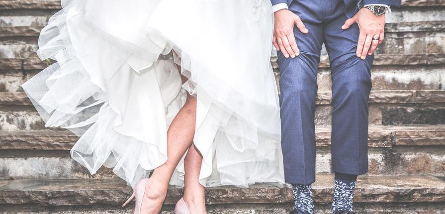 Nogi na ślubnym kobiercu